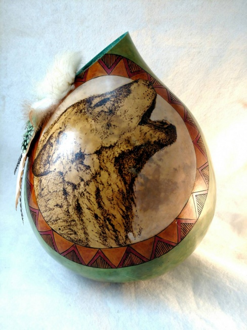 Howling Wolf Gourd Vase